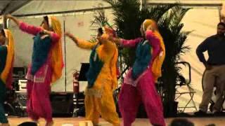 Bhangra/Giddha Dance, Sikh and Punjabi American Dancers