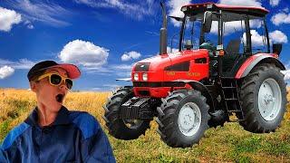 Трактор Сломался Колесо не крутится. Малыш помогает починить сломанный трактор.