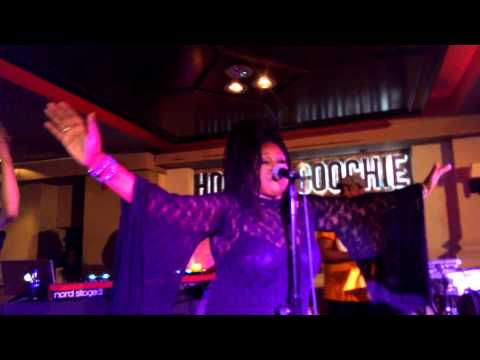 Soul II Soul Back to life & Jazzies Groove Live