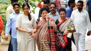 Jr NTR Mother and His Wife Lakshmi Pranathi Cried | Nandamuri Hari Krishna Mortal Remains