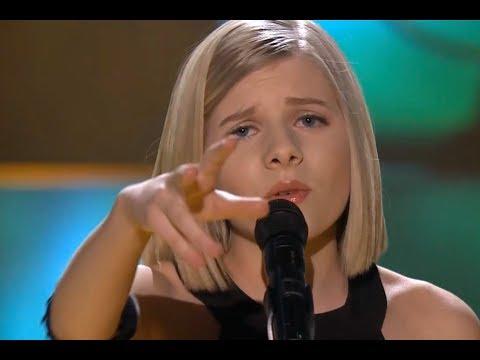 Aurora Aksnes - Awakening (Live on TV in Hamar, Norway 2014) Mp3