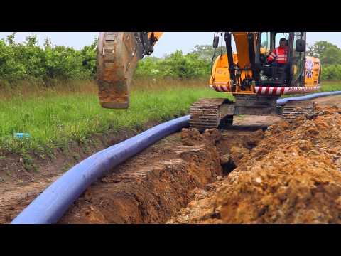 Water Pipe Laying JS220 JCB Excavator