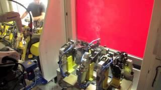 Robot Panasonic per saldatura MAG traversa plancia Fiat Panda