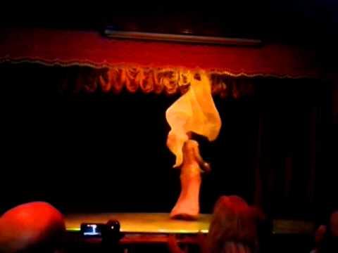 Muna Performing at Casino Elay in Liverpool