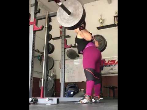 girl squats 405lbs 184kg x3 daniellamelo  aesthetic