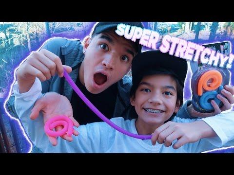 SUPER STRETCHY KIDS TOY!