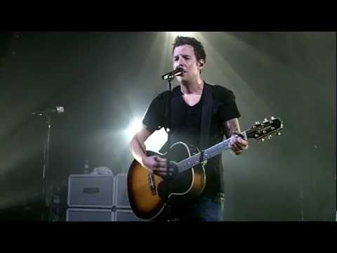 Simple Plan - Perfect Acoustic Live In Paris