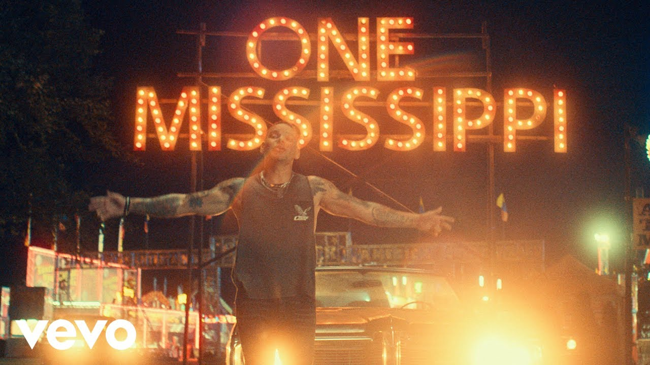 Kane Brown - One Mississippi (Official Video)
