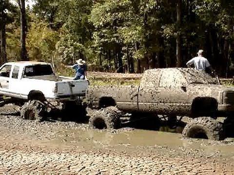 Huge Big Block Chevy Silverado 4x4 Mud Truck Stuck Bad