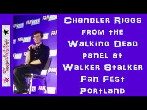 The Walking Dead Chandler Riggs Panel 1/13/2018 at Walker Stalker ~ CARL IS  DEAD! ~ Toy-Addict