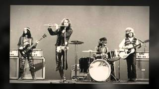 Jethro Tull Wond'ring Aloud