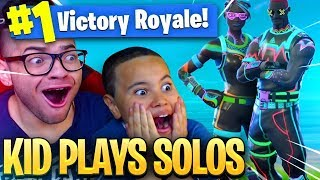 OMG 9 YEAR OLD LITTLE BROTHER PLAYS SOLOS WITH THE *NEW* INSANE UNSTOPPABLE SKIN IN FORNITE BR! 😂🔥