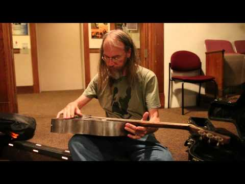Charlie Parr Playing his Mule Resonator Guitar