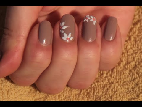 как рисовать цветочки на ногтях