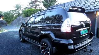 Black Toyota Land Cruiser 2005