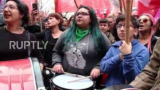 Argentina: Thousands protest against Bolsonaro at Brazilian embassy