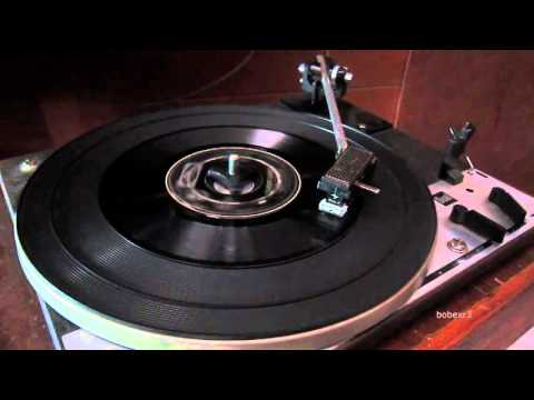 Logic System - Domino Dance