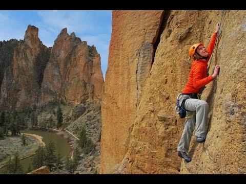 Kletterausrüstung In Der Nähe : Klettern in italien top der besten klettergebiete youtube