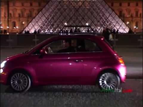 Extrem La Fiat 500 Barbie dans Paris - YouTube HP35