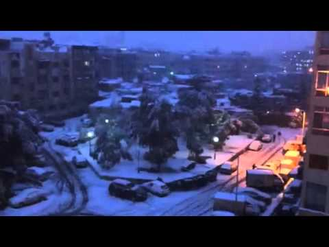 Snowing in Damascus