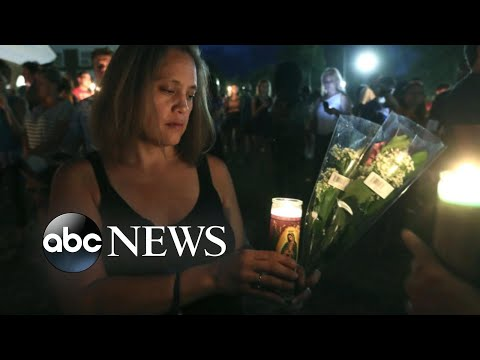 Download Youtube: Candlelight vigil honors Charlottesville victims