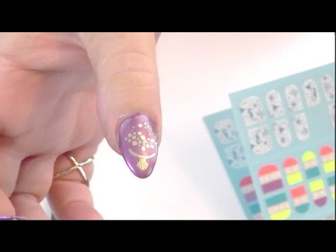 Spring & summer 2017 nail ideas from Anna Sui Cosmetics