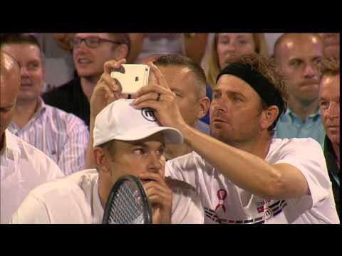 Mardy Fish Uses Andy Roddick's Head To Snap Photo