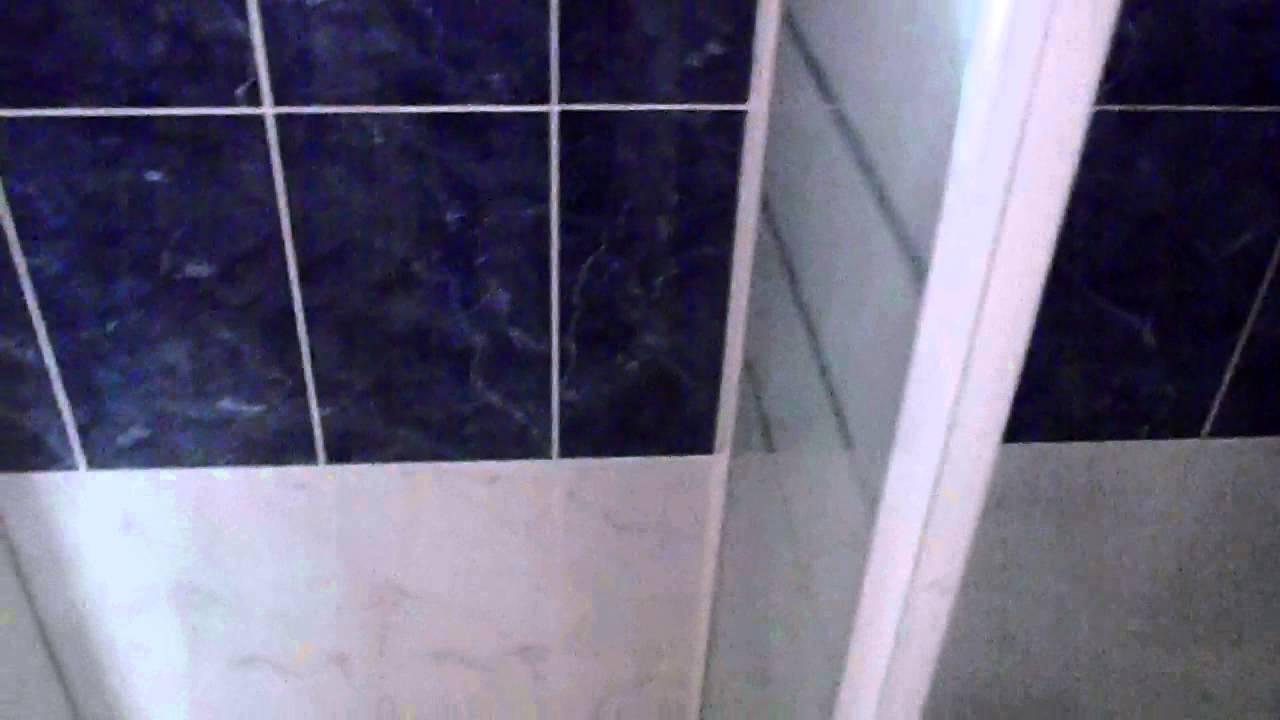 detection de fuite d 39 eau dans la maison youtube. Black Bedroom Furniture Sets. Home Design Ideas