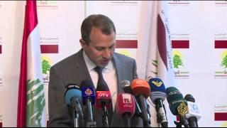 """""""الوطني الحر"""" يرفض التمديد للقيادات العسكرية بلبنان"""