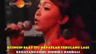 Khayalan Masa Lalu - Sarah Brillyan (Official  Music Video)