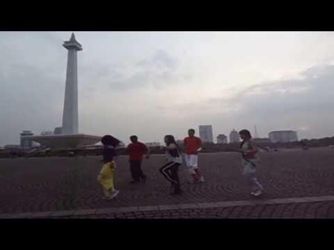 Caribbean Fitness - Tony Mandell By Maria Tiny Waha (Indonésie)