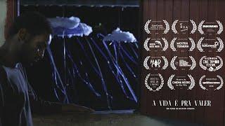 A Vida É Pra Valer | Curta-metragem | Direção: Marvin Pereira