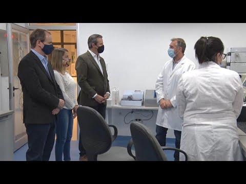 Bordet visitó el laboratorio entrerriano que investiga el primer tratamiento contra el coronavirus en Argentina