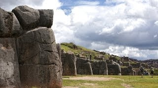 Живые камни Саксайуамана.