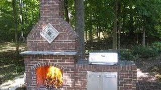 How To Build A Brick Fireplace - Part 1 Of 5 (howtolou.com)