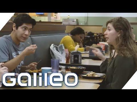 Kantinen-Check: So essen Studenten in Russland und den USA | Galileo | ProSieben