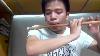Tập tành thổi sáo: Nụ hôn và nước mắt