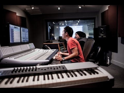 Music Production School -- Pyramind Training