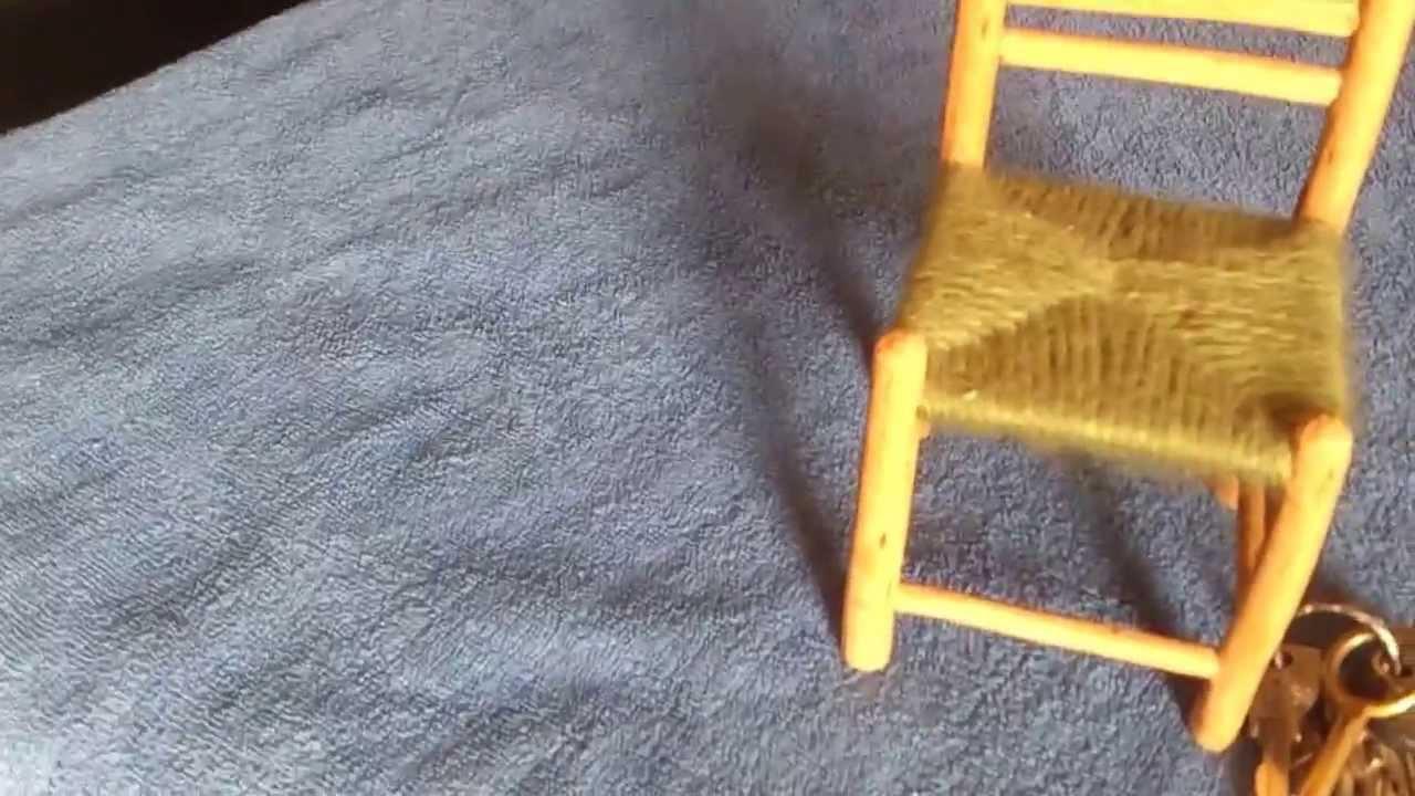 Silla miniatura hecha a mano detalle v deo youtube - Materiales para tapizar una silla ...
