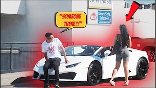 GOLD DIGGER PRANK! (SHE DITCHED DATE FOR RICH BLIND GUY!)