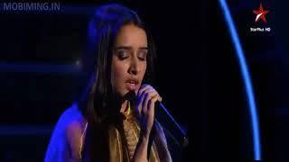 Shraddha kapoor first stage live performance(Galliyan)