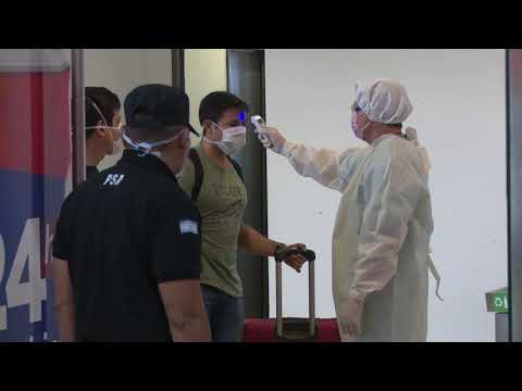 Controles a pasajeros que arribaron al Aeropuerto Internacional Teniente Benjamín Matienzo