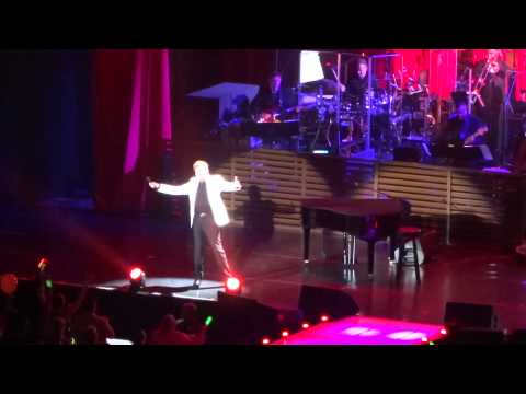 I Write The Songs - Barry Manilow - Prudential Center 6/14/15