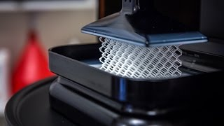 Carbon M1 Super Fast 3D Printer Demo!(Watch this complex object get 3D printed in less than 15 minutes. Sean and Norm visit Carbon, the makers of the M1 3D printer, to get a demo of this new super ..., 2016-05-16T13:58:16.000Z)