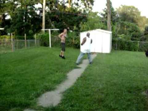 Street Fight South Omaha Backyard Blood Spilling Youtube