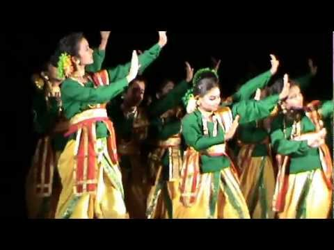 Bhupen Hazarika's song -a dance.mpg