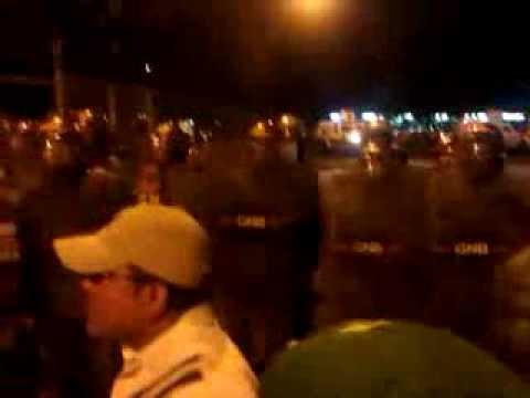 Av. Padilla Maracaibo Venezuela La casa del deporte, (TORRES DEL SALADILLO) en el estacionamiento