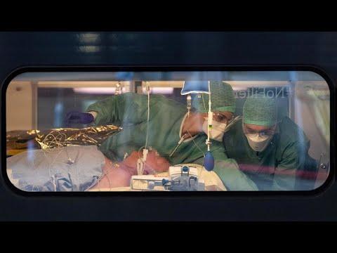 فرنسا تسجل 441 وفاة جديدة بفيروس كورونا ما يرفع إجمالي عدد الوفيات إلى 7560 منذ ظهور الوباء  - نشر قبل 12 ساعة