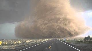 Video scioccanti ripresi durante una tempesta
