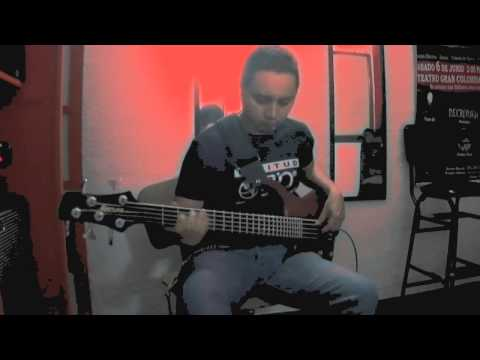 Jamiroquai - Cosmic Girl (bass cover by Mauro Moncada)